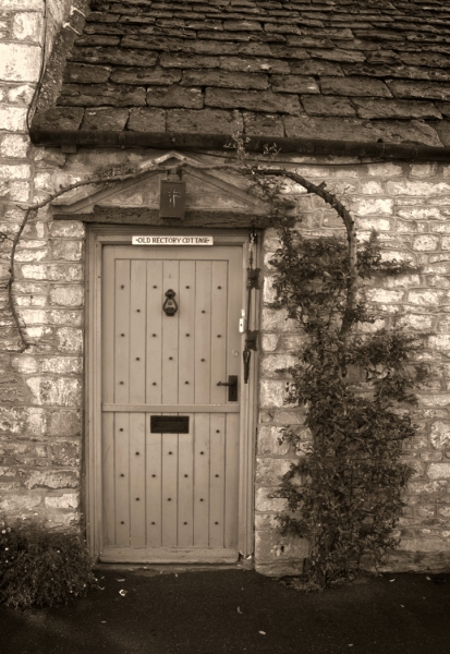 Monochrome Beginner Open_Cotswolds Cottage_Patricia Pascale_20170525_Honorable Mention