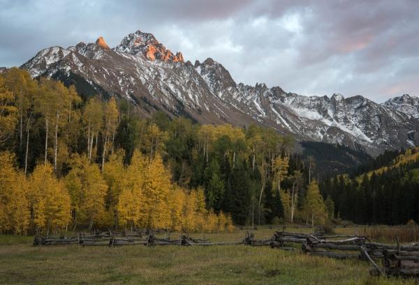Color Beginner Open_Mountain Sunset_Jennifer Laughlin_20161117_1st Place